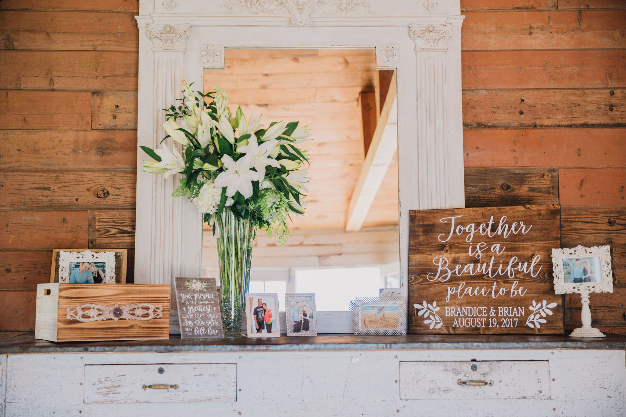 Wedding Gift Table | Triunfo Creek Vineyards