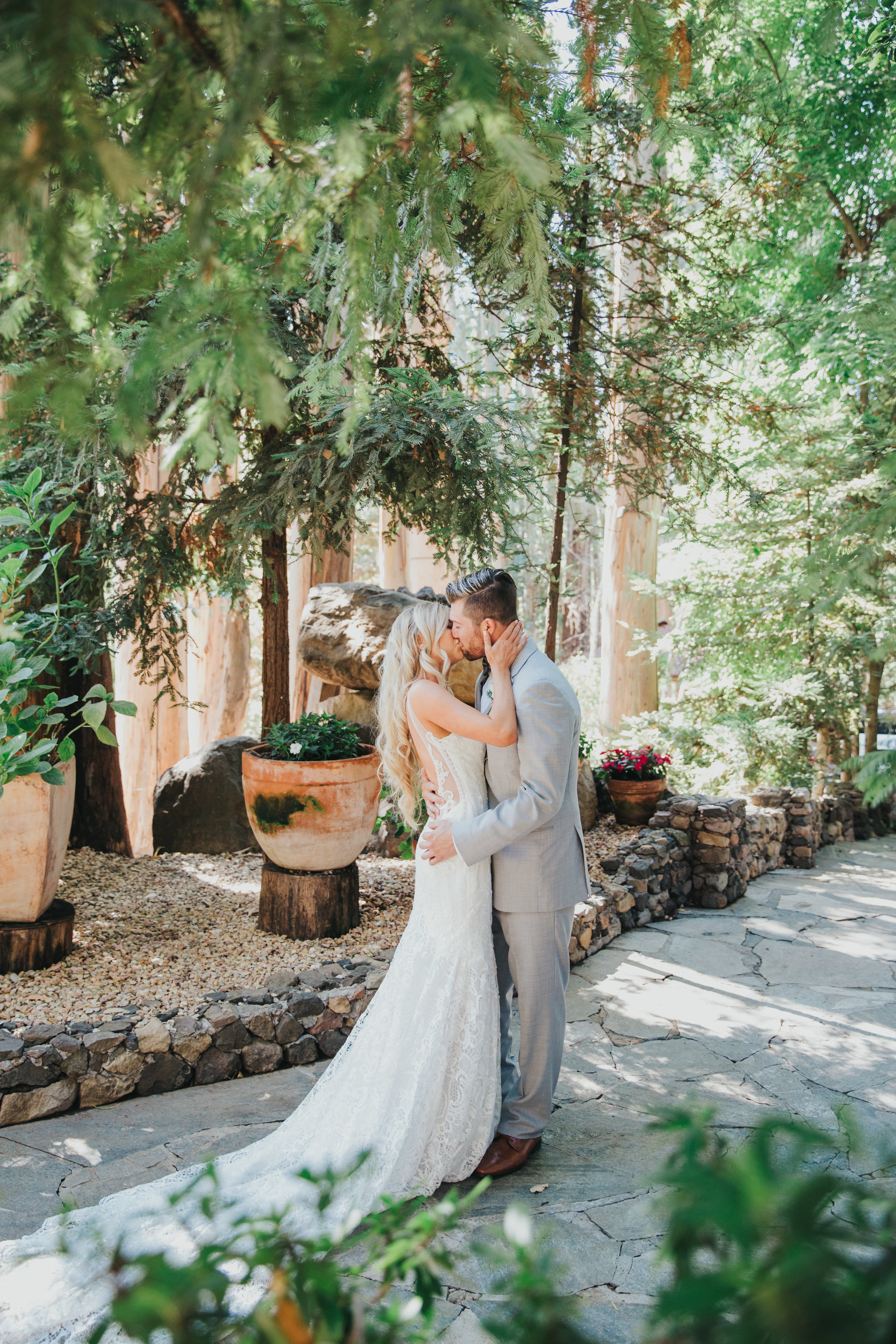 First Look Kiss | Calamigos Ranch