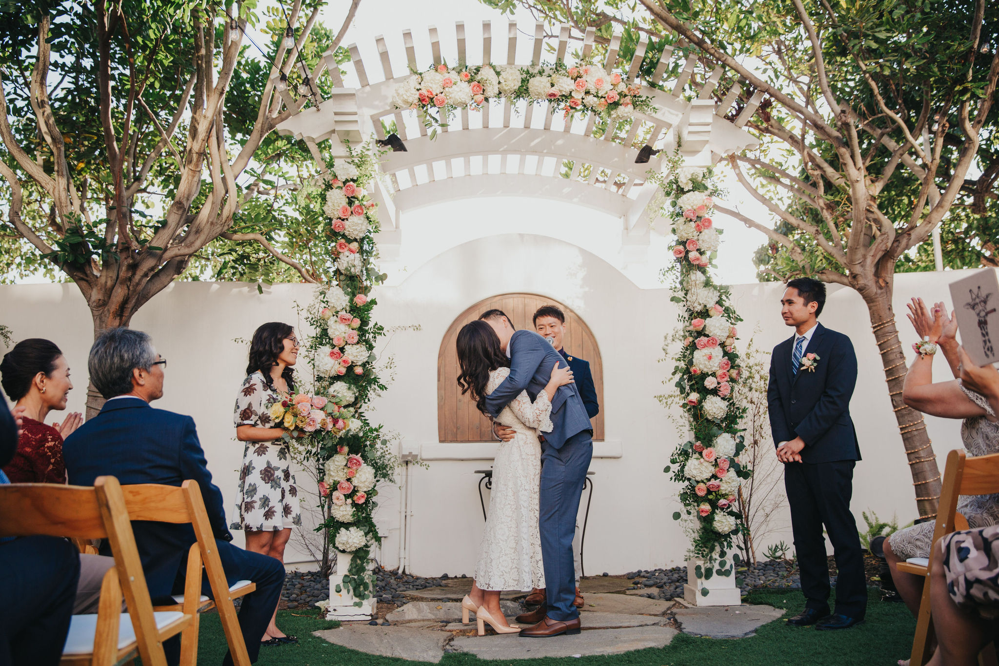 Wedding Kiss | Verandas Beach House