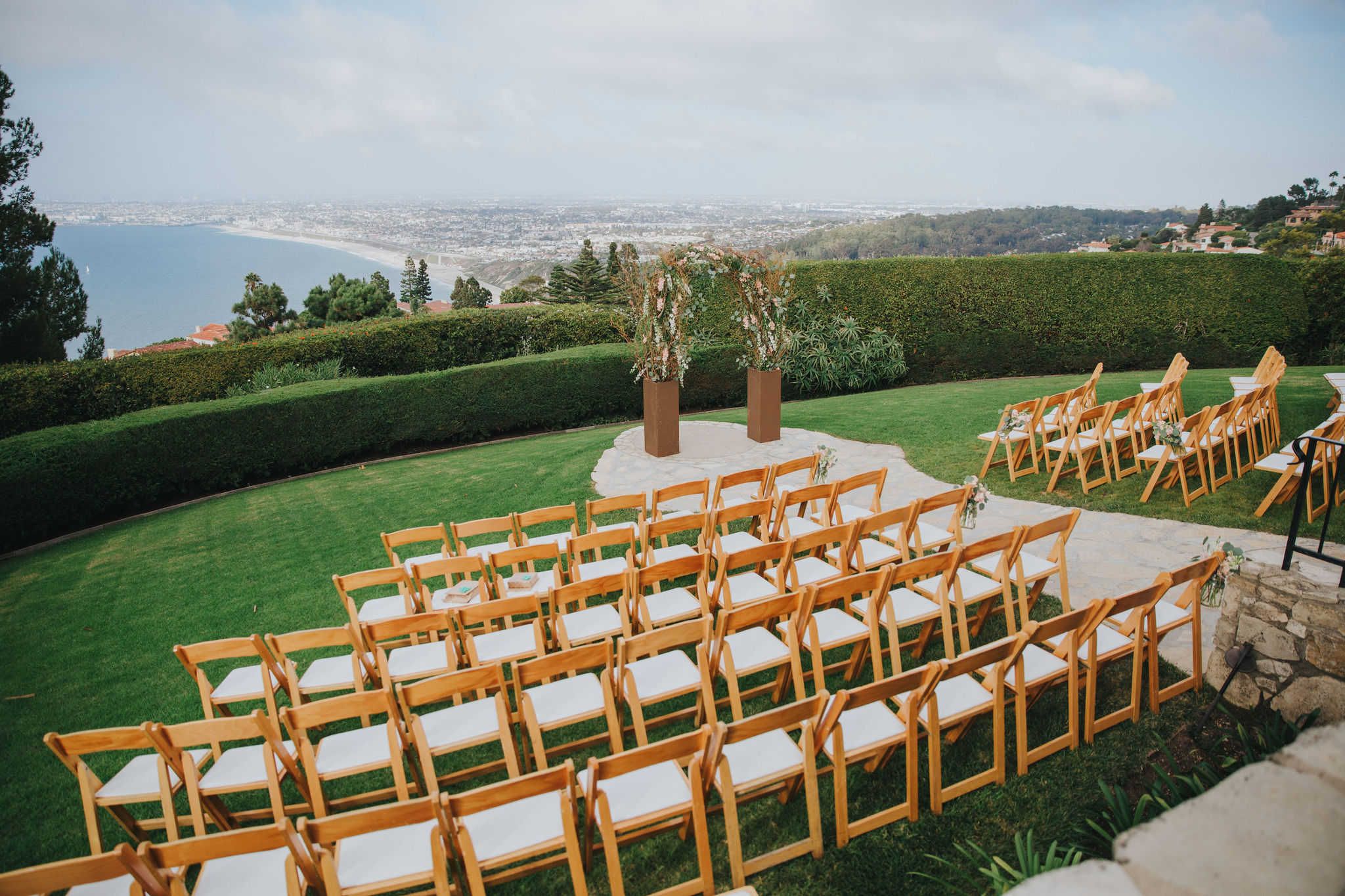 Cliffside Ceremony | La Venta Inn