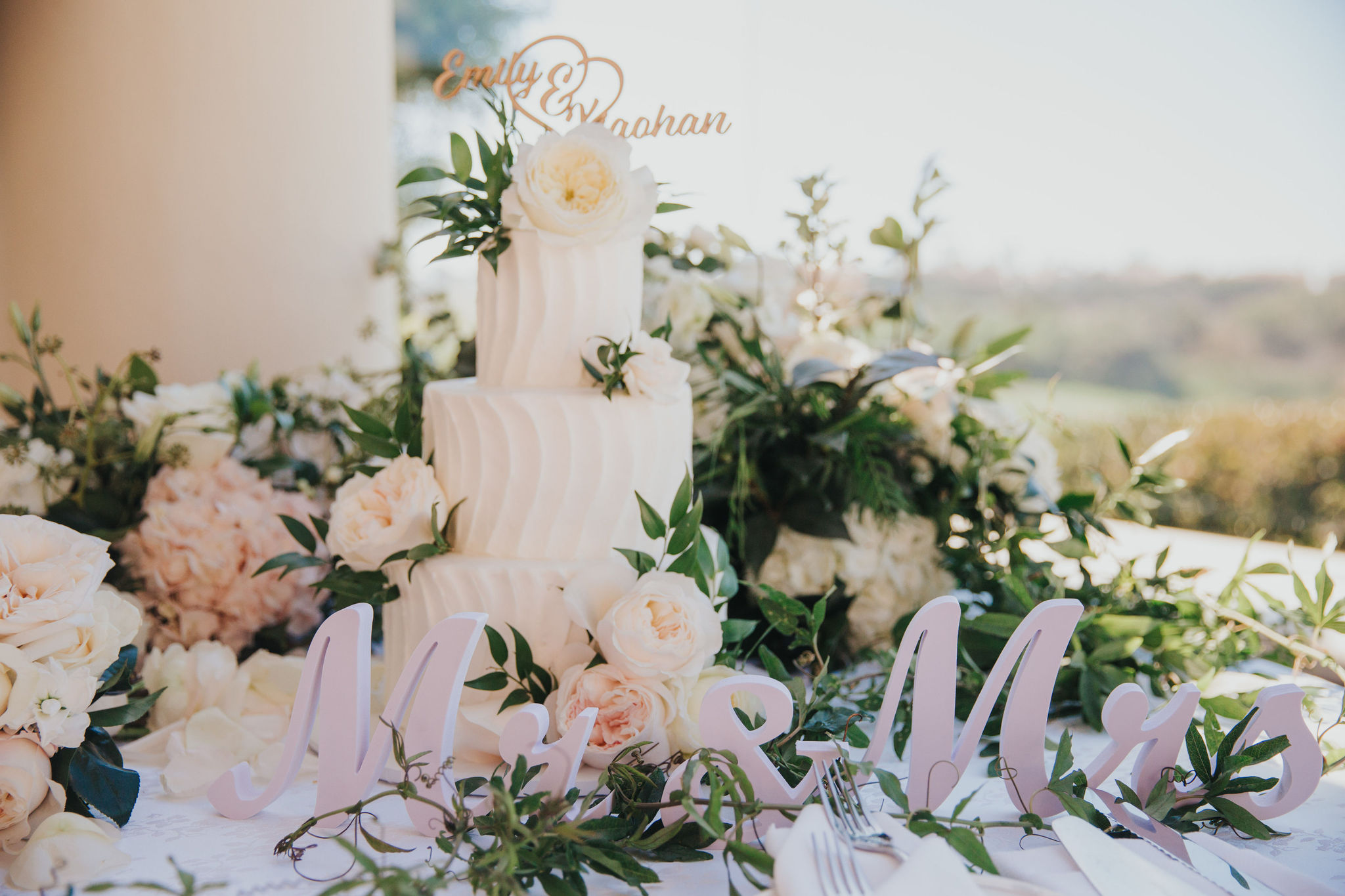 Wedding Cake | Monarch Resort